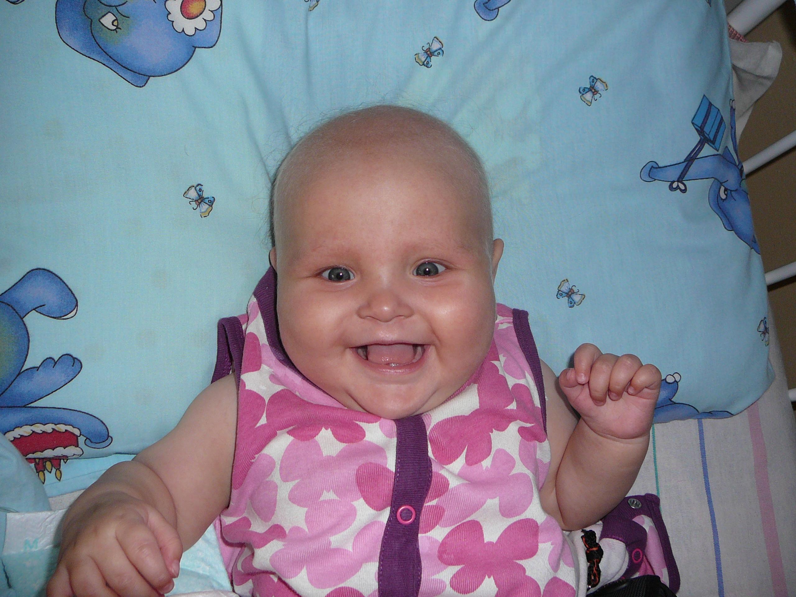 Фото детей 5 месяца девочек
