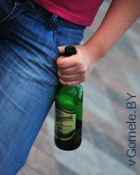 молодёжь с пивом в Гомеле