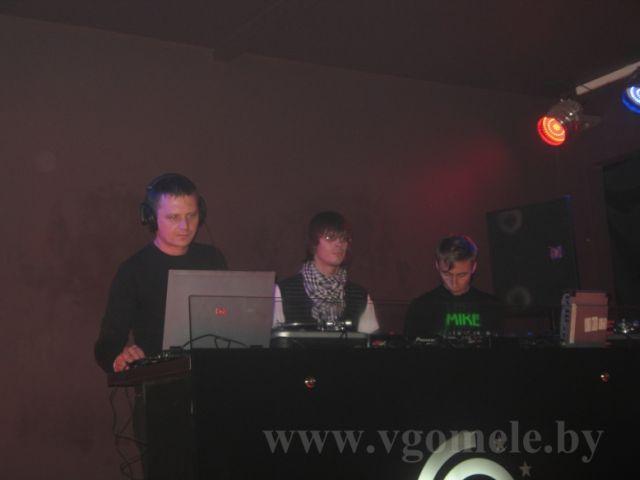 MC, LeXa, Mike